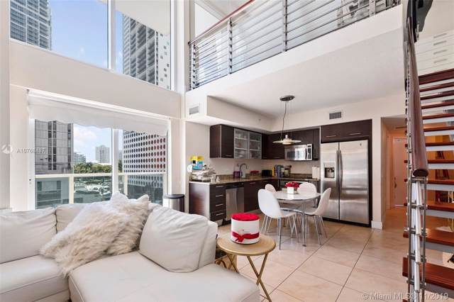 41 SE 5th St #401, Miami, FL 33131 (MLS #A10768487) :: The Jack Coden Group