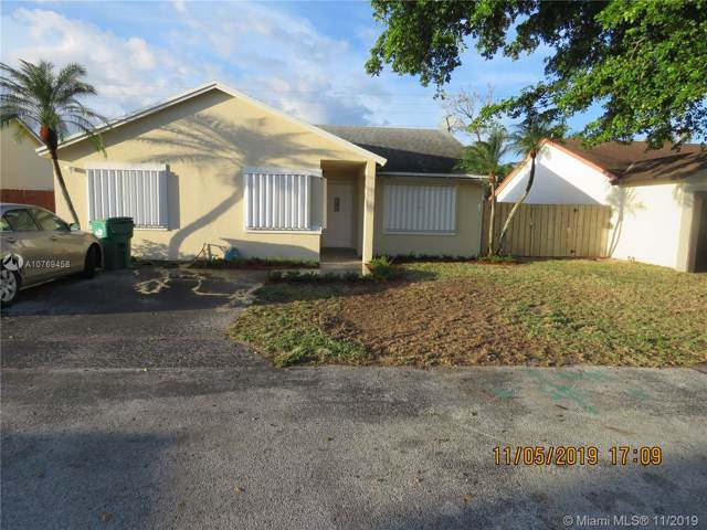 Miami, FL 33176 :: The Howland Group
