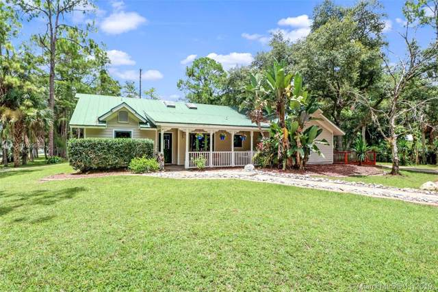 561 NW 20 Ave, Other City - In The State Of Florida, FL 34120 (MLS #A10769668) :: Grove Properties