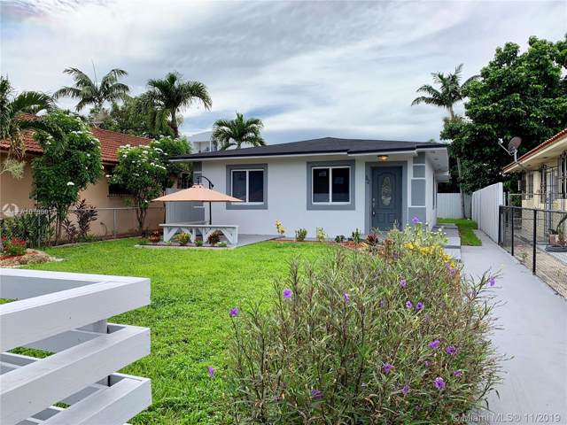 32 NW 59th Ct, Miami, FL 33126 (MLS #A10769917) :: The Jack Coden Group
