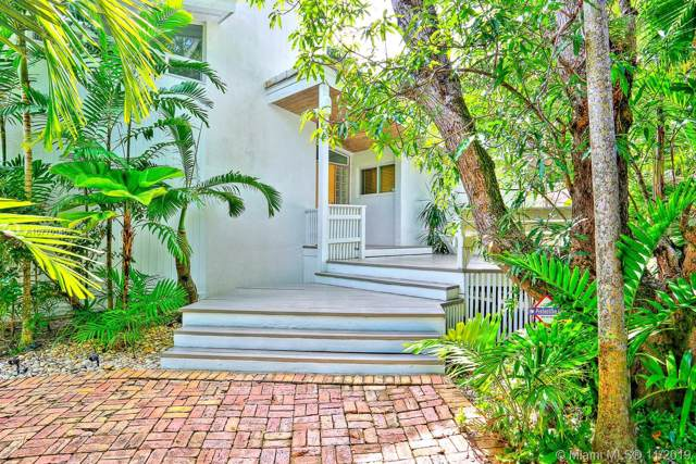 3850 Poinciana Ave, Coconut Grove, FL 33133 (MLS #A10770146) :: The Adrian Foley Group