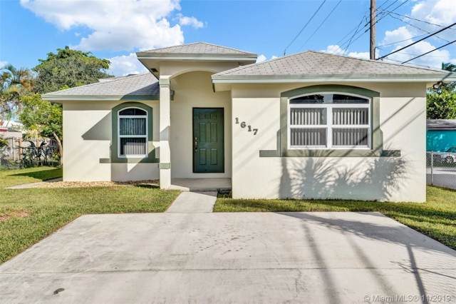 1617 N 25 Ave, Hollywood, FL 33020 (MLS #A10771128) :: Lucido Global