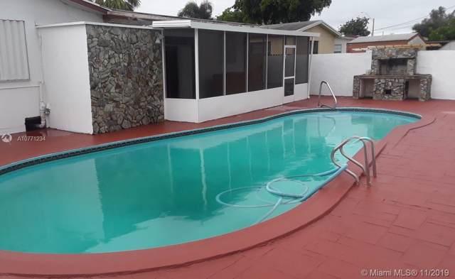 7707 Sheridan St, Hollywood, FL 33024 (MLS #A10771234) :: Green Realty Properties
