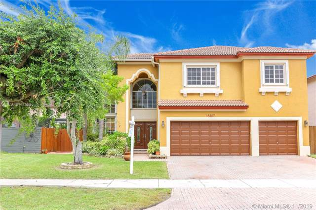 15867 SW 142nd Ter, Miami, FL 33196 (MLS #A10771355) :: The Erice Group