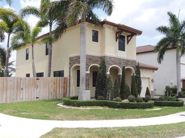 8910 NW 99th Ct, Doral, FL 33178 (MLS #A10772234) :: GK Realty Group LLC