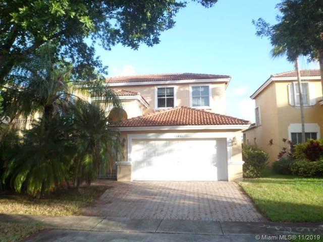 13431 SW 26th St, Miramar, FL 33027 (MLS #A10772377) :: The Riley Smith Group