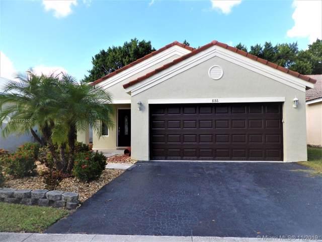 886 San Remo Dr, Weston, FL 33326 (MLS #A10772401) :: Green Realty Properties