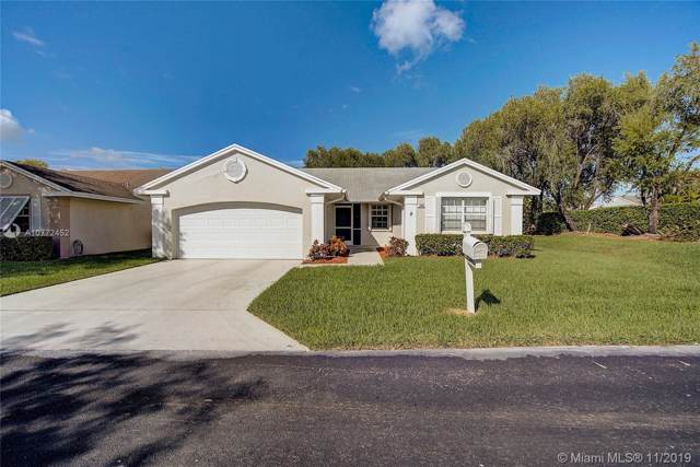 2585 SE 7th Pl, Homestead, FL 33033 (MLS #A10772452) :: Berkshire Hathaway HomeServices EWM Realty
