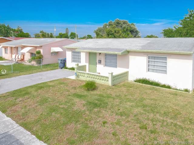 2411 Mayo St, Hollywood, FL 33020 (MLS #A10772466) :: Castelli Real Estate Services