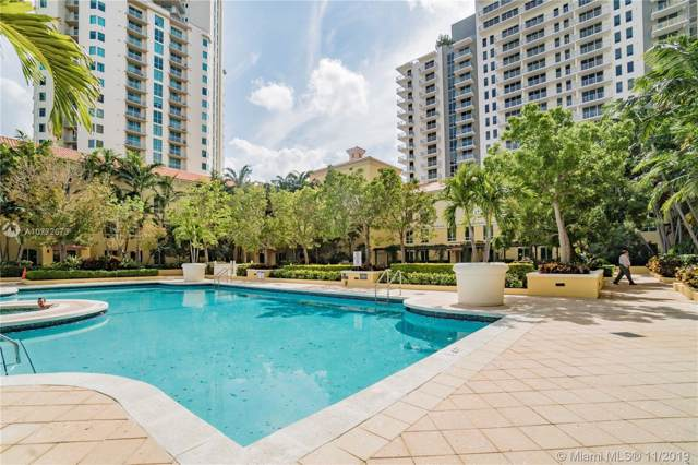 7355 SW 90th St Th102, Miami, FL 33156 (MLS #A10772673) :: The Riley Smith Group