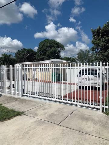 12021 SW 217th St, Miami, FL 33170 (MLS #A10772889) :: Lucido Global