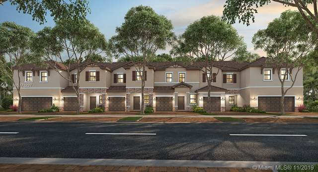 5959 Mustang Manor, Davie, FL 33314 (MLS #A10773227) :: The Teri Arbogast Team at Keller Williams Partners SW