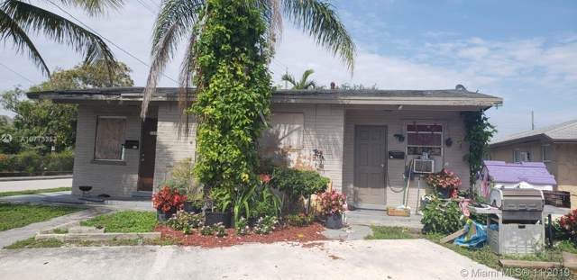 1427 Railroad Ave, Lake Worth, FL 33460 (MLS #A10773353) :: United Realty Group