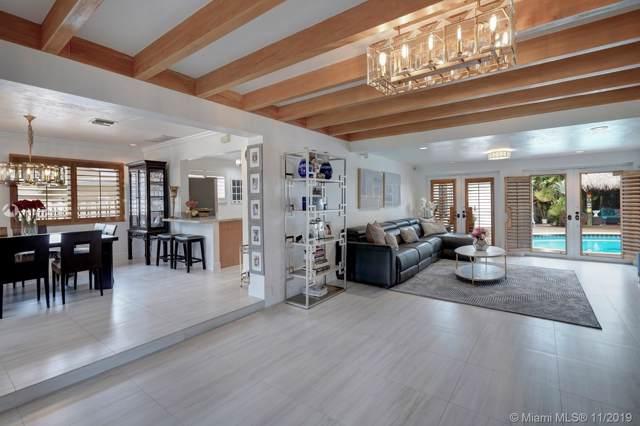 943 Van Buren, Hollywood, FL 33019 (MLS #A10773354) :: Grove Properties