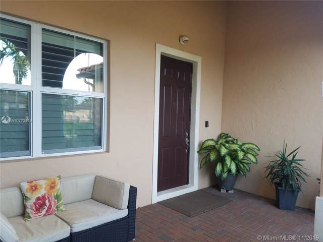 6412 SW 55th Pl, Davie, FL 33314 (#A10773419) :: Real Estate Authority