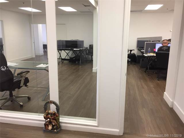 150 SE 2nd Ave #510, Miami, FL 33131 (MLS #A10773602) :: The Adrian Foley Group