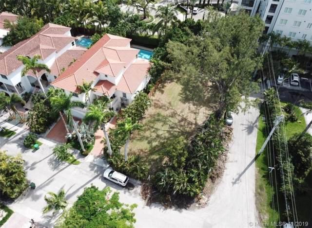 3555 E Fairview St, Miami, FL 33133 (MLS #A10773818) :: Grove Properties