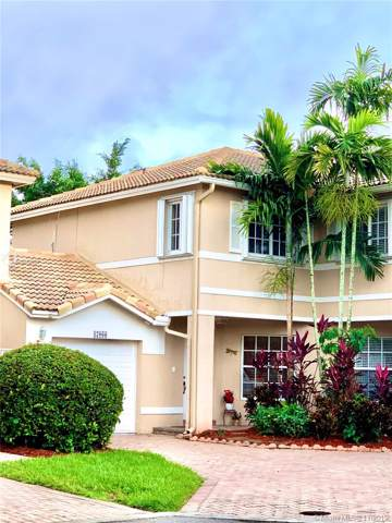17066 NW 22nd St, Pembroke Pines, FL 33028 (#A10774207) :: Real Estate Authority