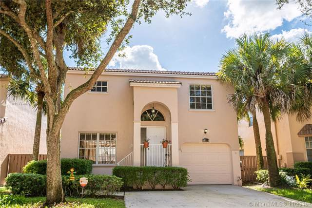 10914 NW 12th Dr, Plantation, FL 33322 (MLS #A10774428) :: Green Realty Properties