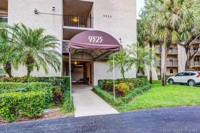9325 Lagoon Pl #102, Davie, FL 33324 (#A10774545) :: Real Estate Authority