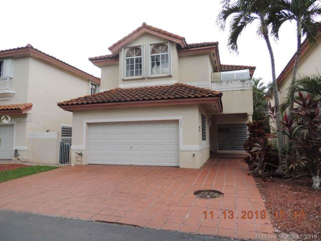 5230 NW 104th Ct, Doral, FL 33178 (MLS #A10774603) :: The Adrian Foley Group