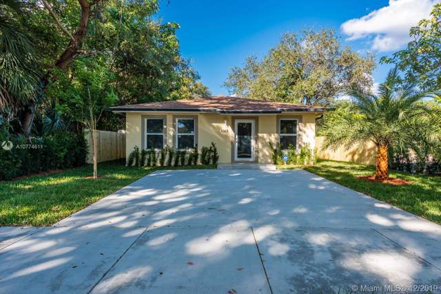 1065 NE 132nd St, North Miami, FL 33161 (MLS #A10774611) :: United Realty Group