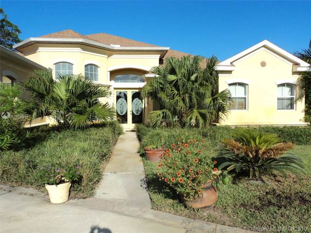 21 Old Oak Dr So, Other City - In The State Of Florida, FL 32137 (MLS #A10775341) :: The Jack Coden Group