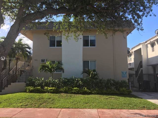 960 Biarritz Dr, Miami Beach, FL 33141 (MLS #A10775387) :: The Jack Coden Group