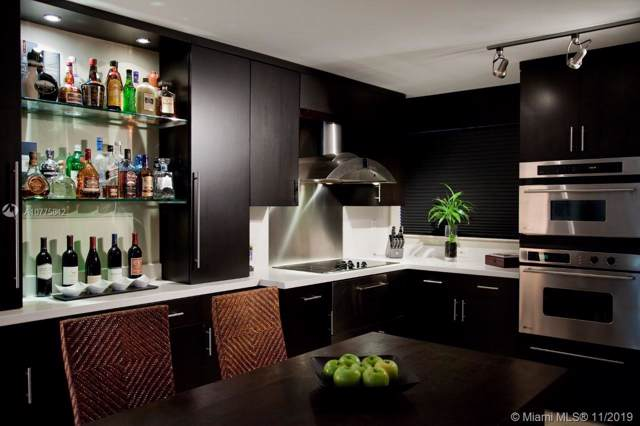 61 Collins Ave #502, Miami Beach, FL 33139 (MLS #A10775842) :: Grove Properties