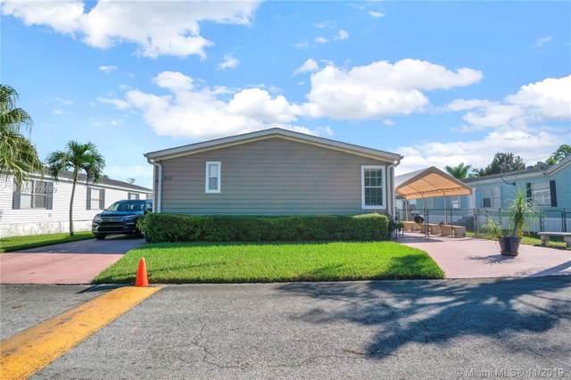 19800 SW 180th Ave #563, Miami, FL 33187 (MLS #A10776699) :: Berkshire Hathaway HomeServices EWM Realty