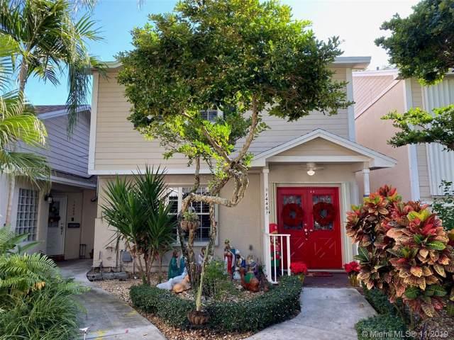 14461 SW 122nd Pl, Miami, FL 33186 (MLS #A10777096) :: The Adrian Foley Group