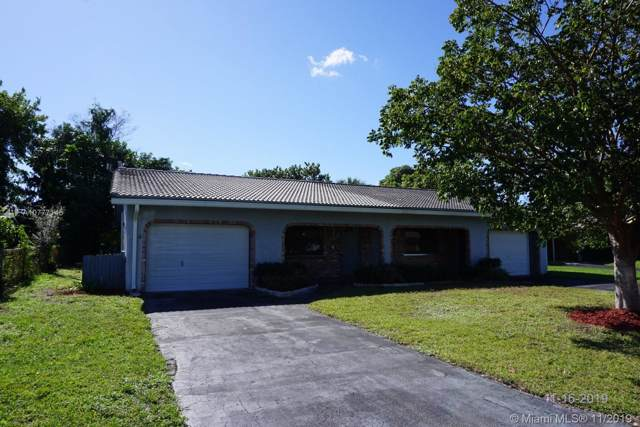 8938 NW 27th St, Coral Springs, FL 33065 (MLS #A10777145) :: Berkshire Hathaway HomeServices EWM Realty