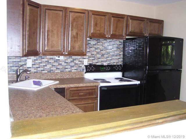 5530 N Lakewood Cir N #723, Margate, FL 33063 (MLS #A10777472) :: Berkshire Hathaway HomeServices EWM Realty