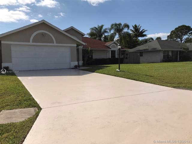 2656 SE Brevard Ave, Port Saint Lucie, FL 34952 (MLS #A10777837) :: GK Realty Group LLC