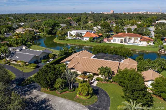 8801 SW 105th St, Miami, FL 33176 (MLS #A10778074) :: The Riley Smith Group