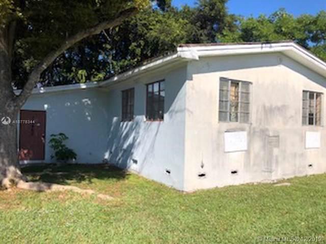 10460 SW 28th St, Miami, FL 33165 (MLS #A10778344) :: Berkshire Hathaway HomeServices EWM Realty