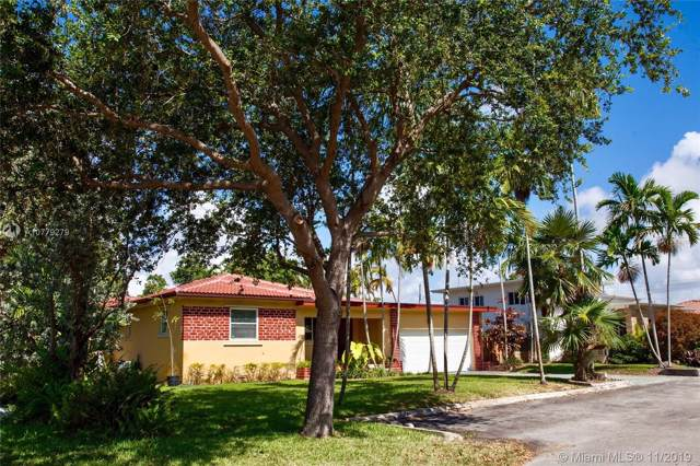 10642 NE 10th Ct, Miami Shores, FL 33138 (MLS #A10779279) :: The Jack Coden Group