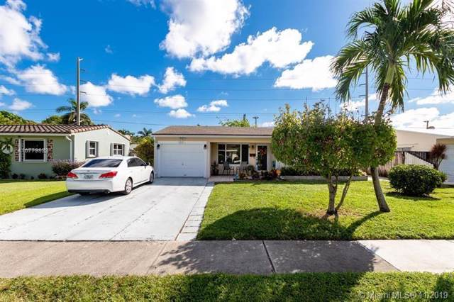 1511 N 31st Rd, Hollywood, FL 33021 (MLS #A10779823) :: Castelli Real Estate Services