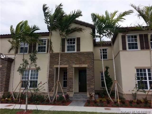 16777 SW 96th St #16777, Miami, FL 33196 (MLS #A10779852) :: Albert Garcia Team