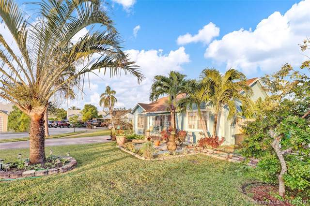20353 NW 36th Ave, Miami Gardens, FL 33056 (MLS #A10780205) :: Patty Accorto Team