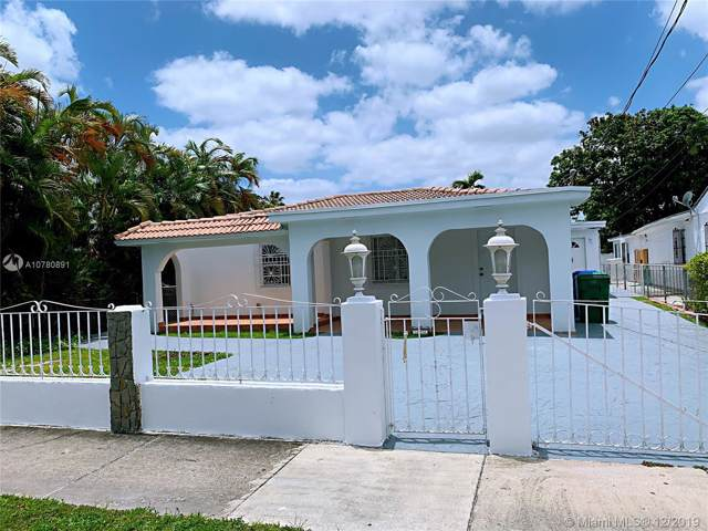 526 SW 64 AVE, West Miami, FL 33144 (MLS #A10780891) :: The Teri Arbogast Team at Keller Williams Partners SW