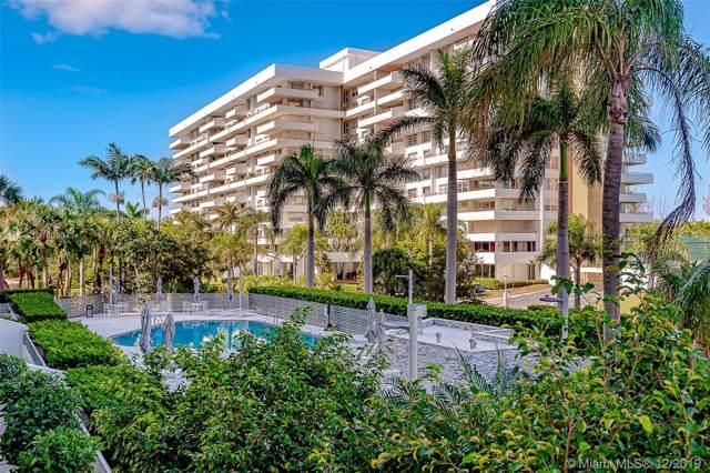 199 Ocean Lane Dr #208, Key Biscayne, FL 33149 (MLS #A10780904) :: The Riley Smith Group