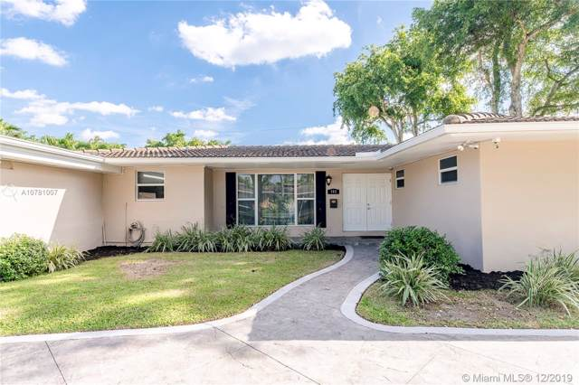 382 SW 60th Ave, Plantation, FL 33317 (MLS #A10781007) :: The Howland Group