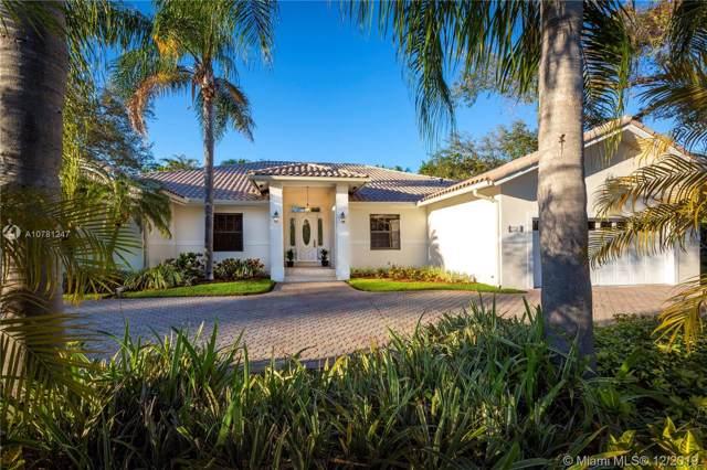 7721 SW 177th St, Palmetto Bay, FL 33157 (MLS #A10781247) :: The Adrian Foley Group