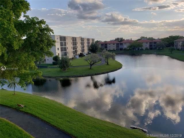 7840 NW 50th St #410, Lauderhill, FL 33351 (MLS #A10781385) :: Patty Accorto Team