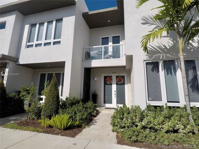 10365 NW 64th Ter, Doral, FL 33178 (MLS #A10781871) :: RE/MAX Presidential Real Estate Group
