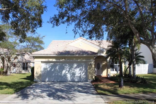 843 Savannah Falls Dr, Weston, FL 33327 (MLS #A10782310) :: Grove Properties