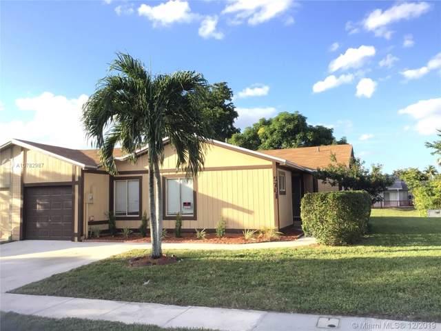 9761 W Elm Ln, Miramar, FL 33025 (MLS #A10782987) :: Patty Accorto Team