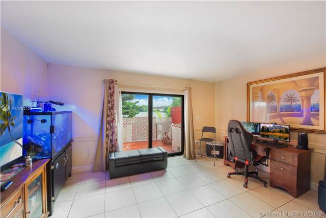 341 NW 109th Ave 3B, Miami, FL 33172 (MLS #A10783128) :: The Paiz Group