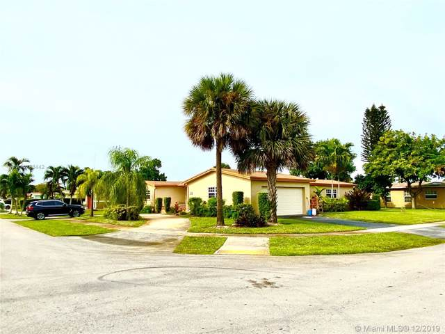 4701 NW 41st Ct, Lauderdale Lakes, FL 33319 (MLS #A10783442) :: Albert Garcia Team